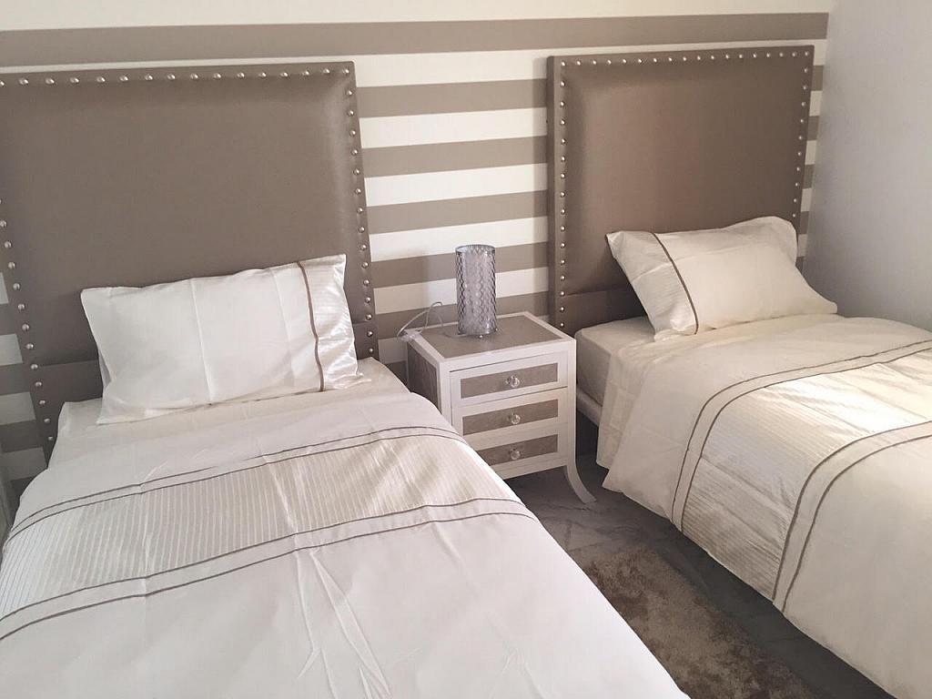 Apartamento en alquiler de temporada en plaza Marina Banús, Nueva Andalucía-Centro en Marbella - 202151584