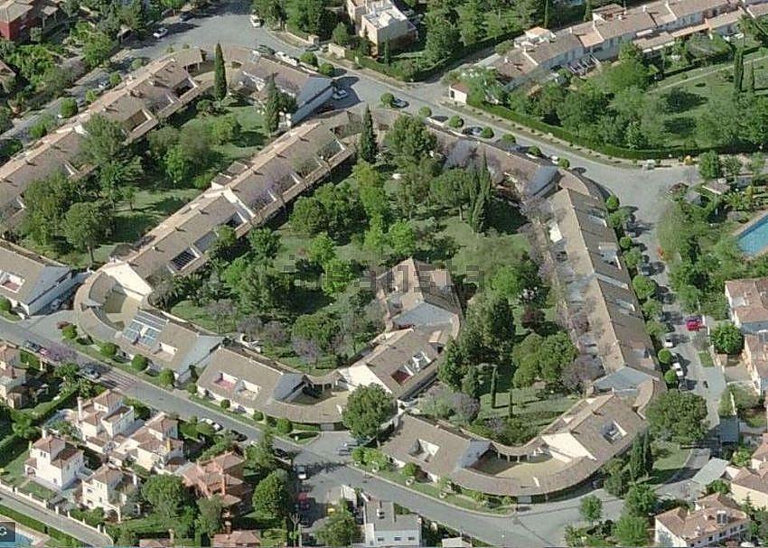 Casa pareada en venta en urbanizaci n petit sim n simon for Alquiler de casas en simon verde sevilla