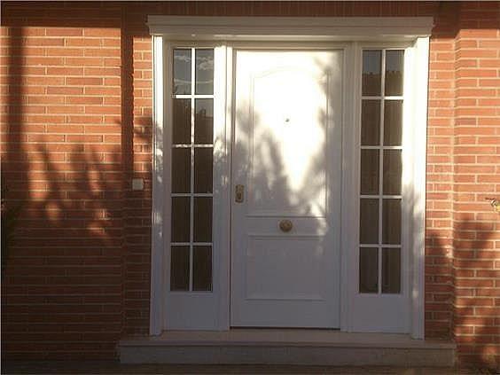 Casa en alquiler en calle Antonio Larrazabal, Piovera-Conde Orgaz en Madrid - 296278432