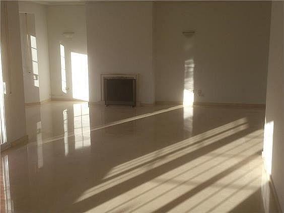 Casa en alquiler en calle Antonio Larrazabal, Piovera-Conde Orgaz en Madrid - 296278441