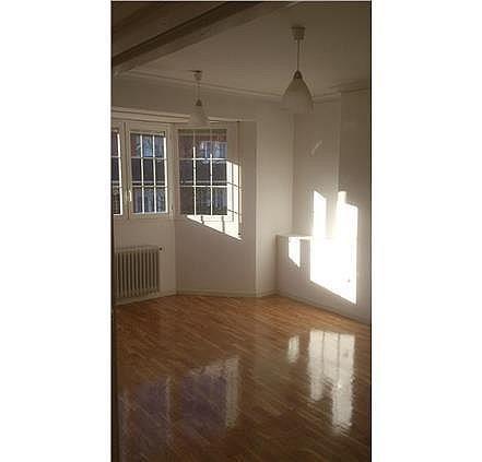 Casa en alquiler en calle Antonio Larrazabal, Piovera-Conde Orgaz en Madrid - 296278453