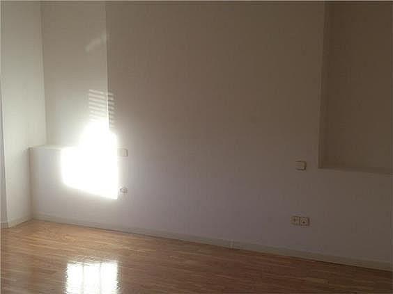 Casa en alquiler en calle Antonio Larrazabal, Piovera-Conde Orgaz en Madrid - 296278456