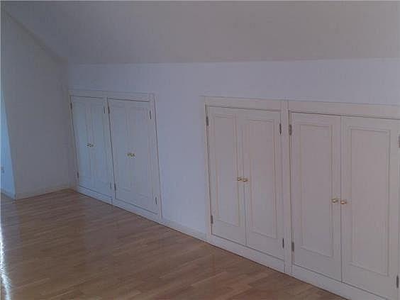 Casa en alquiler en calle Antonio Larrazabal, Piovera-Conde Orgaz en Madrid - 296278471