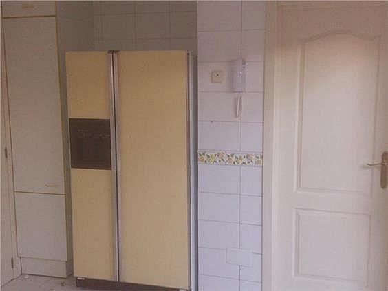 Casa en alquiler en calle Antonio Larrazabal, Piovera-Conde Orgaz en Madrid - 296278489