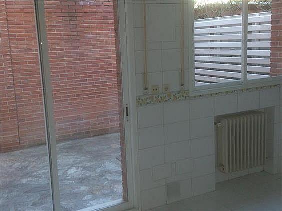 Casa en alquiler en calle Antonio Larrazabal, Piovera-Conde Orgaz en Madrid - 296278492