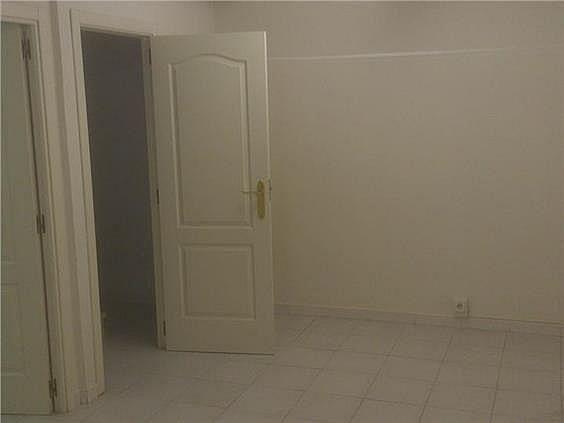 Casa en alquiler en calle Antonio Larrazabal, Piovera-Conde Orgaz en Madrid - 296278495