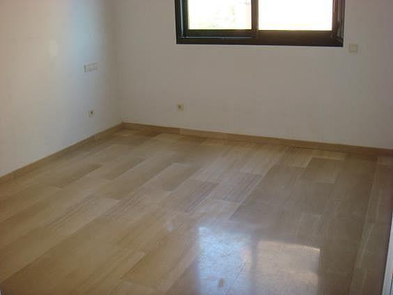 Apartamento en alquiler en calle Henri Dunand, Nueva España en Madrid - 328175081