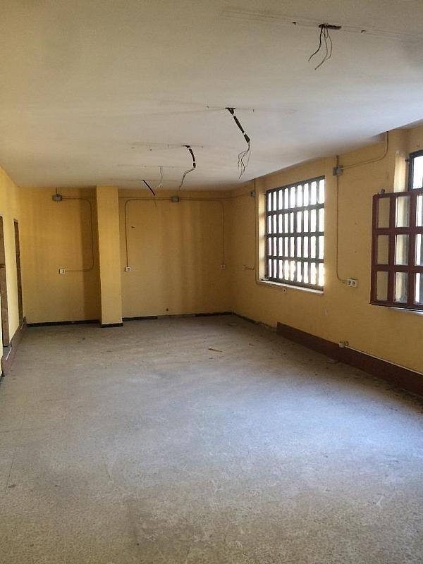 Foto - Nave industrial en alquiler en calle Su Eminencia la Oliva, Distrito Sur en Sevilla - 288637757