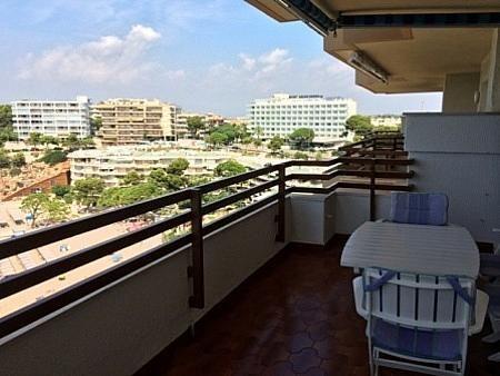 32 - Apartamento en venta en Salou - 239000750