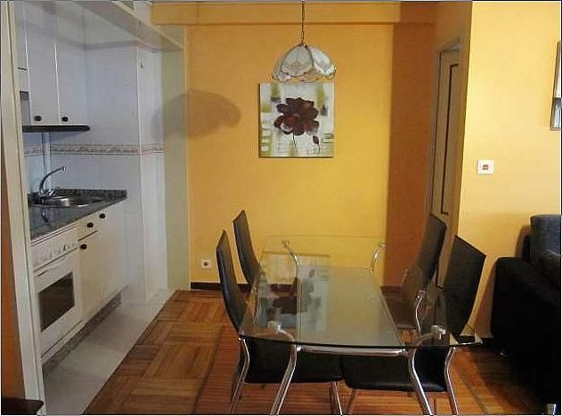 Piso en alquiler en calle Menendez Pelayo, Bouzas-Coia en Vigo - 271090900