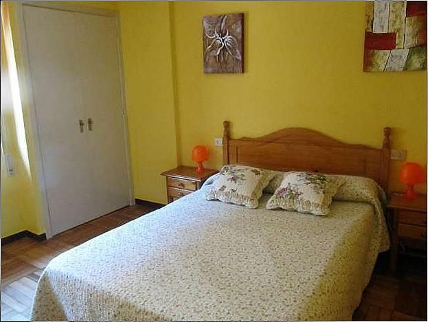 Piso en alquiler en calle Menendez Pelayo, Bouzas-Coia en Vigo - 271090903
