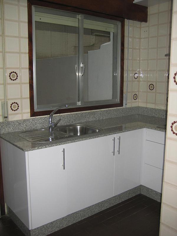 Piso en alquiler en calle Santo Domingo, Travesía de Vigo-San Xoán en Vigo - 294059485