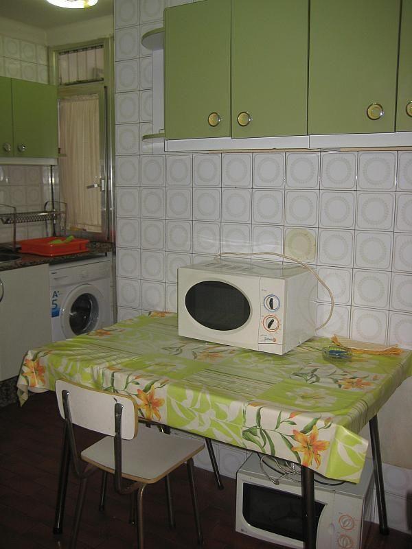 Piso en alquiler en calle Menendez Pelayo, As Travesas-Balaídos en Vigo - 294997296