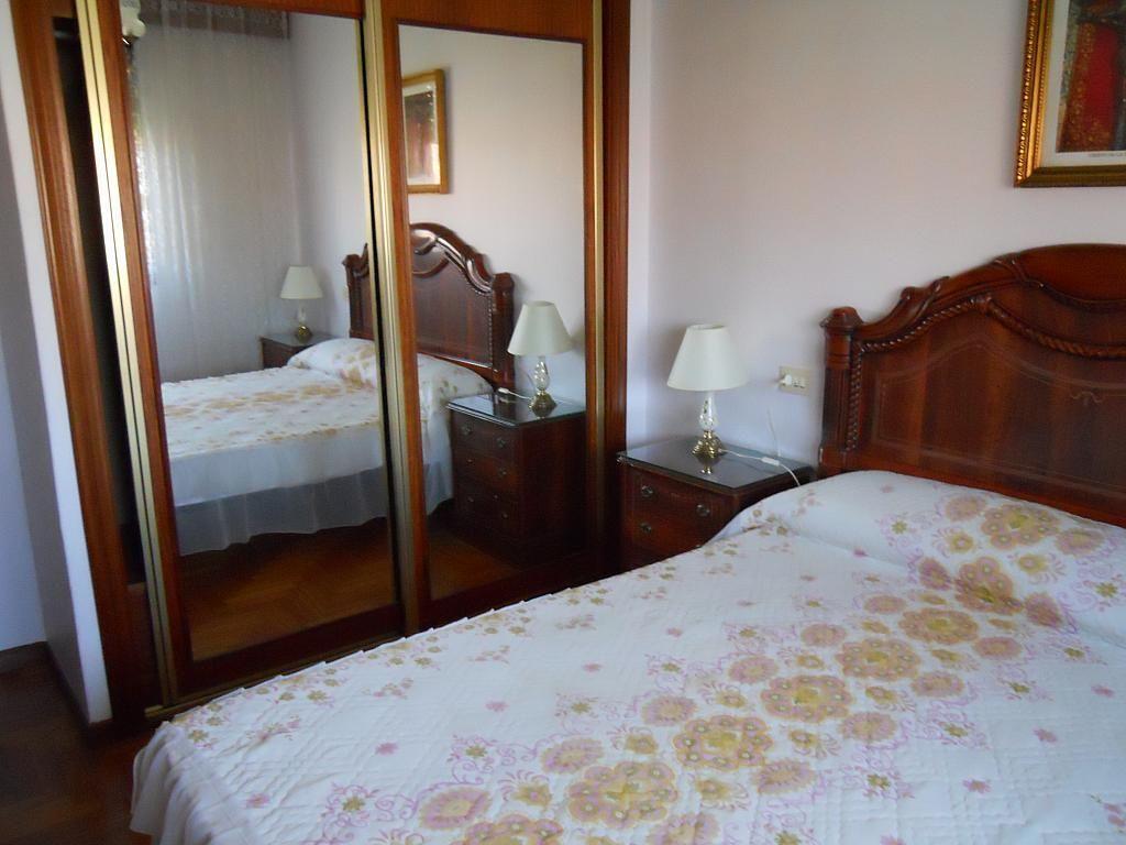 Dormitorio - Piso en alquiler en calle Gregorio Espino, Calvario-Santa Rita-Casablanca en Vigo - 187438573