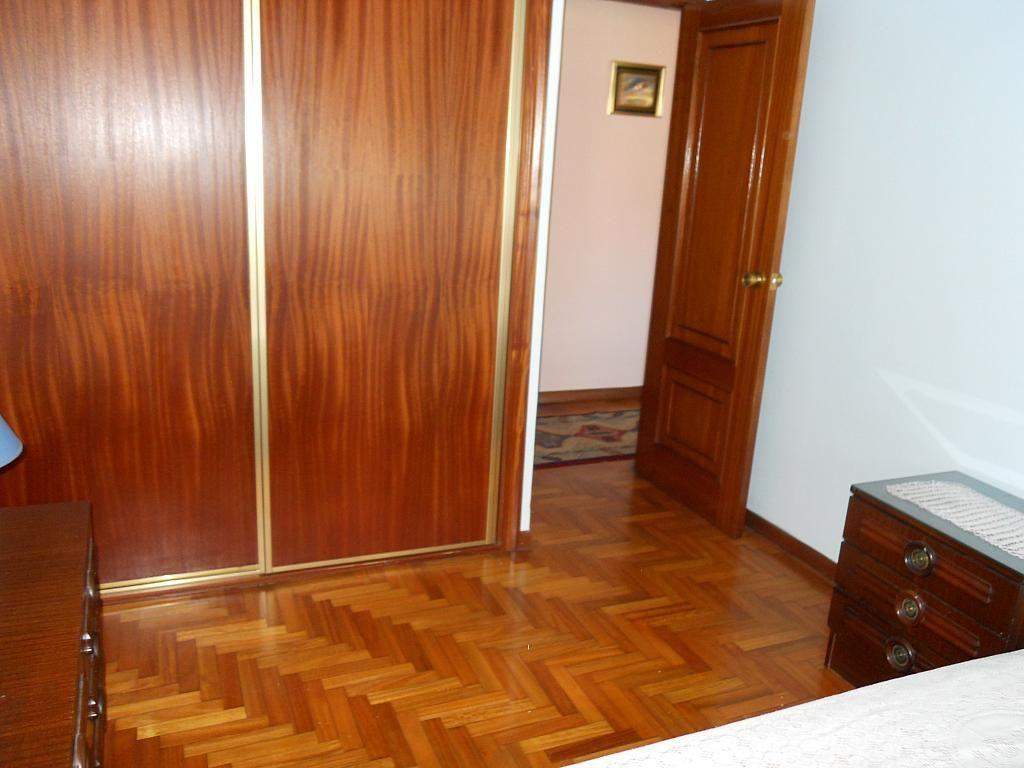 Dormitorio - Piso en alquiler en calle Gregorio Espino, Calvario-Santa Rita-Casablanca en Vigo - 187438574