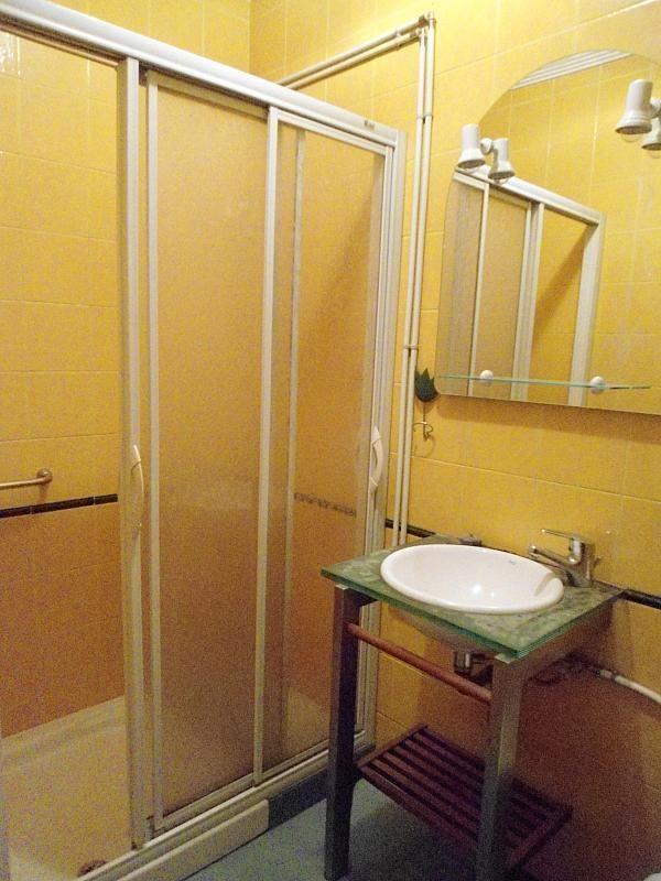 Baño - Piso en alquiler en calle Maria Berdiales, Castrelos-Sardoma en Vigo - 188513058