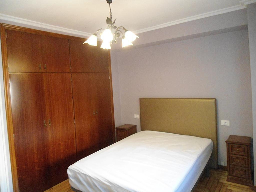 Dormitorio - Piso en alquiler en calle Gregorio Espino, Calvario-Santa Rita-Casablanca en Vigo - 189417951