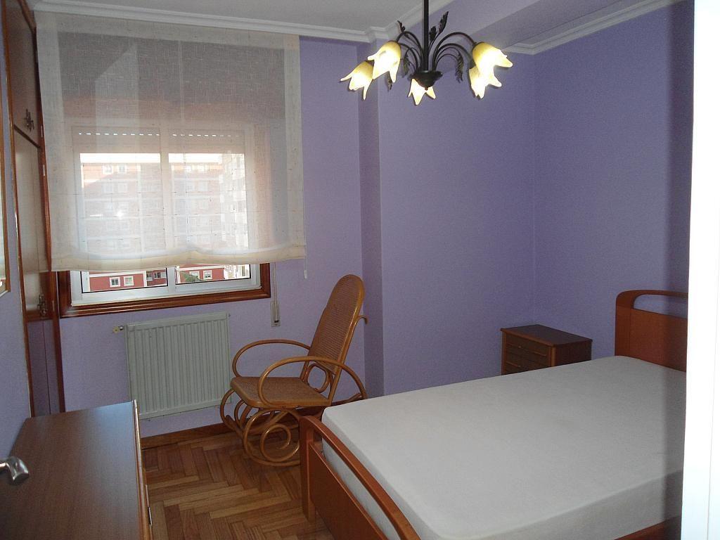Dormitorio - Piso en alquiler en calle Gregorio Espino, Calvario-Santa Rita-Casablanca en Vigo - 189417968