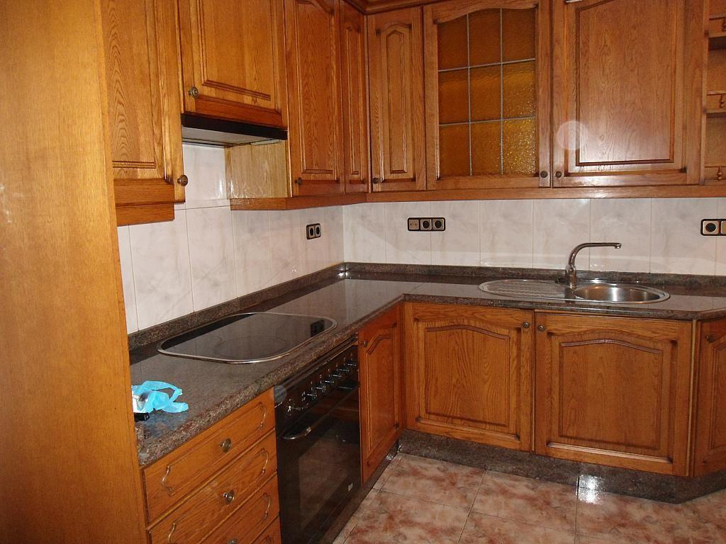 Piso en alquiler en calle Barcelona, Castrelos-Sardoma en Vigo - 221992173