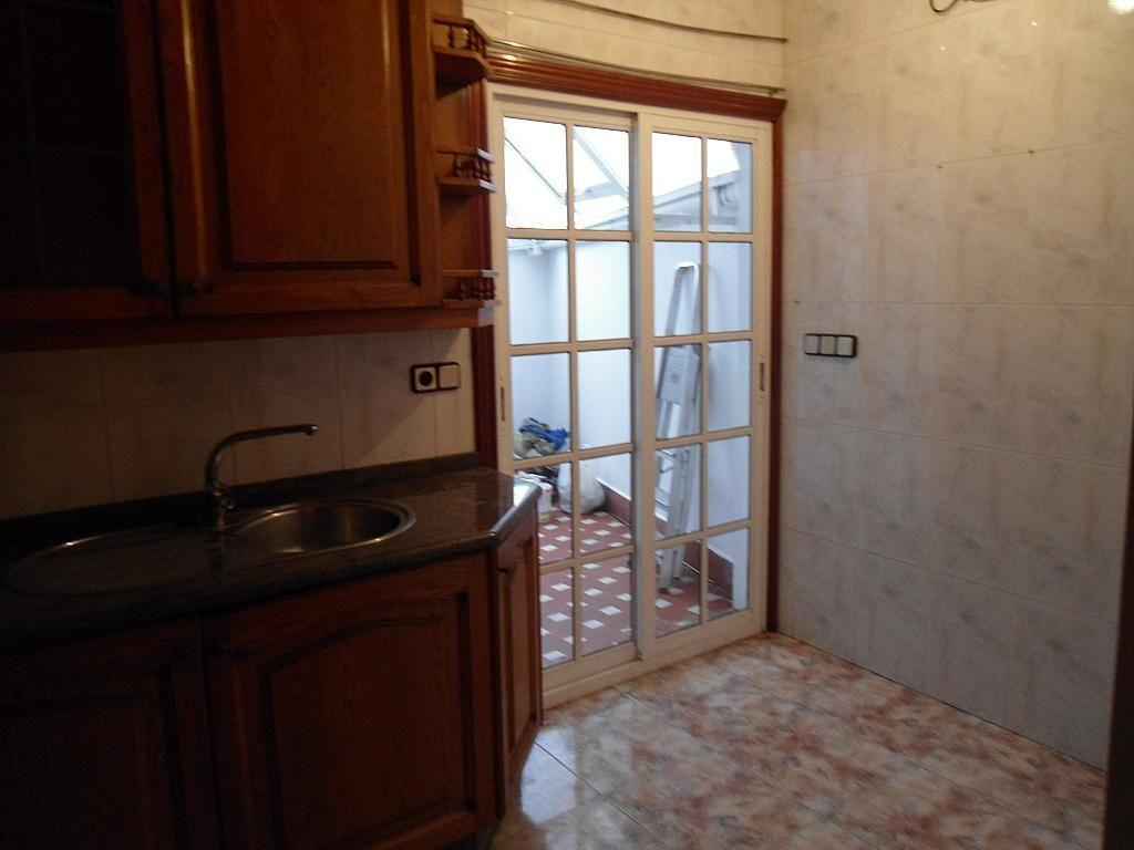 Piso en alquiler en calle Barcelona, Castrelos-Sardoma en Vigo - 221993130