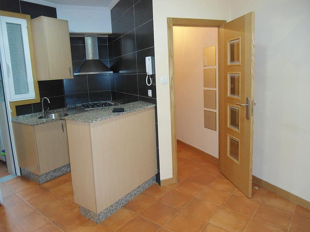 Piso en alquiler en calle Ecuador, Castrelos-Sardoma en Vigo - 239065532
