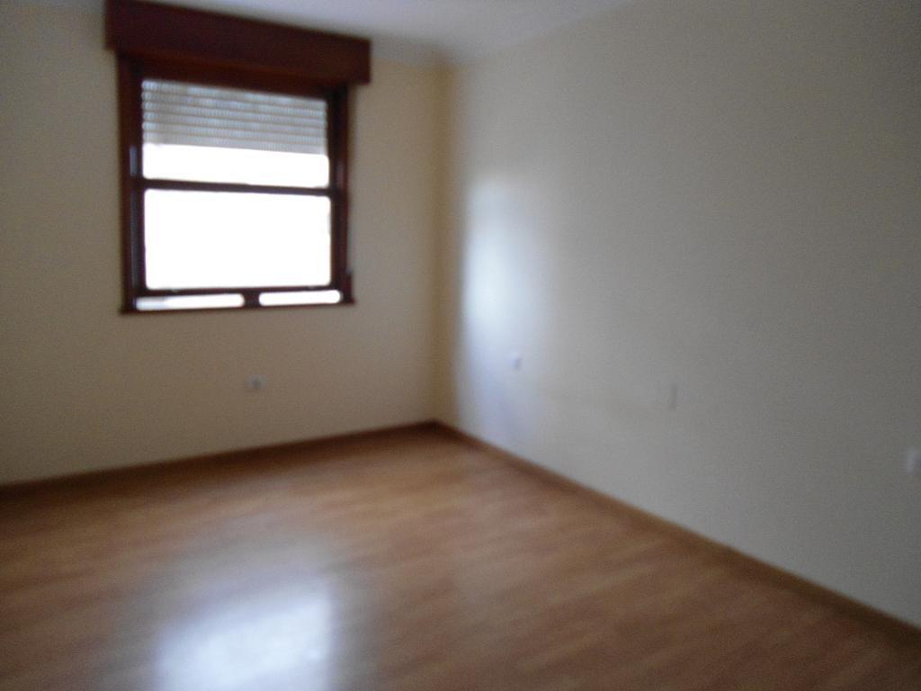 Piso en alquiler en calle Urzaiz, Calvario-Santa Rita-Casablanca en Vigo - 243352600