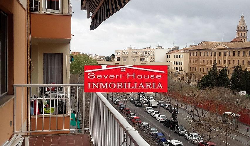 Piso en alquiler en calle Gabriel Alomar, El Mercat en Palma de Mallorca - 327636185