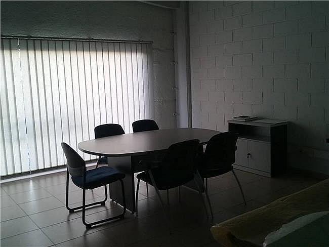 Local comercial en alquiler en Palau-solità i Plegamans - 405085319
