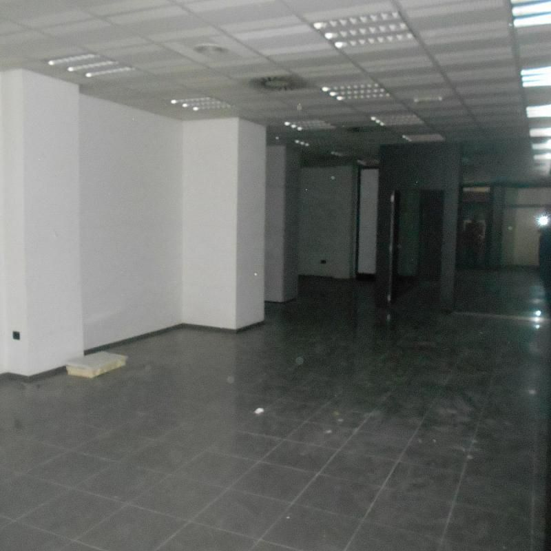 Local comercial en alquiler en calle De Montero Ríos, Santiago de Compostela - 365098084
