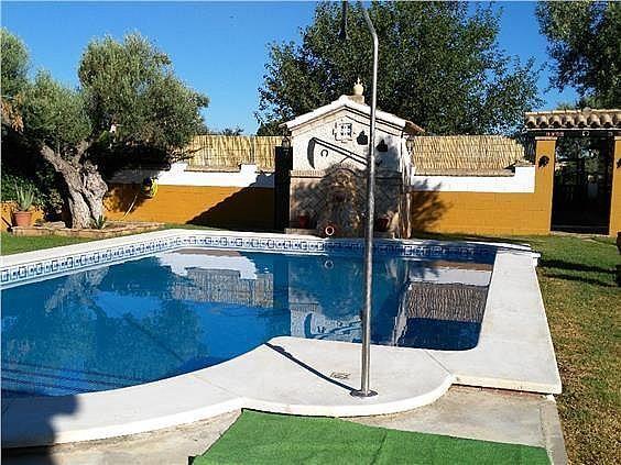 Casa en alquiler en Coria del Río - 309970389