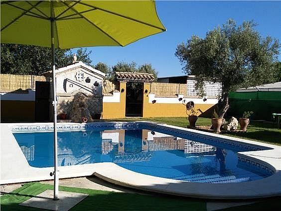 Casa en alquiler en Coria del Río - 309970470