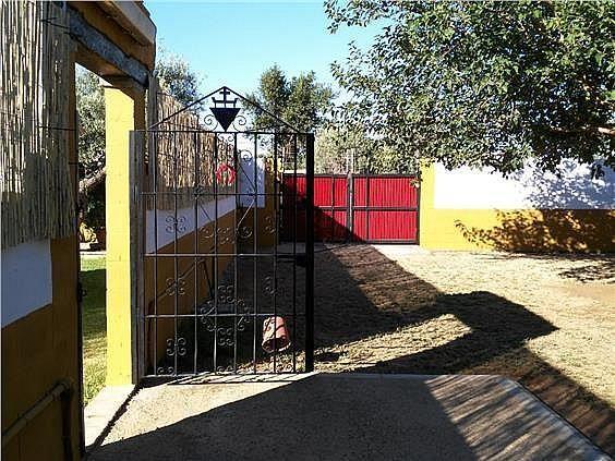 Casa en alquiler en Coria del Río - 309970509