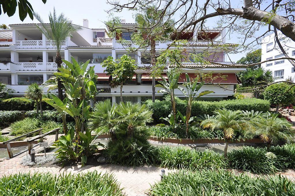Piso en alquiler de temporada en calle Alfonso de Hohenlohe, Nagüeles Alto en Marbella - 307030976