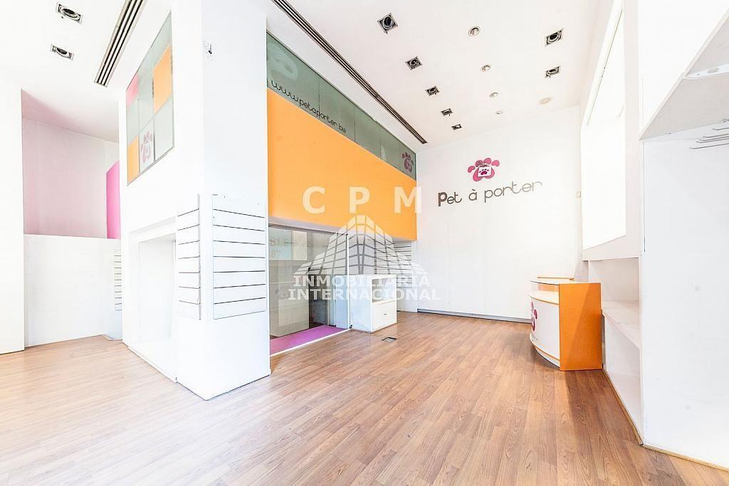 Local comercial en alquiler en Castellana en Madrid - 384636521