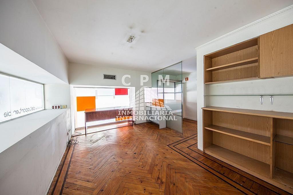 Local comercial en alquiler en Castellana en Madrid - 384636557