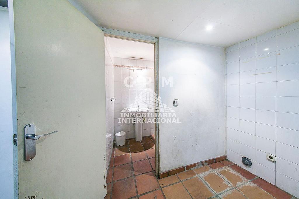 Local comercial en alquiler en Castellana en Madrid - 384636566