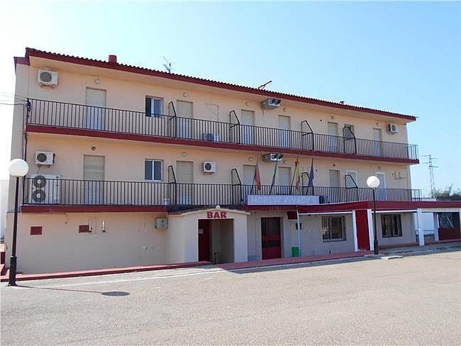 Edificio en alquiler en Talavera la Real - 337944245