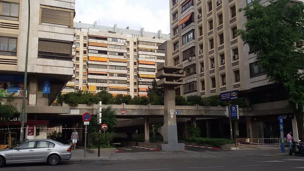 Local comercial en alquiler en calle De Fernández de Los Rios, Gaztambide en Madrid - 350027659