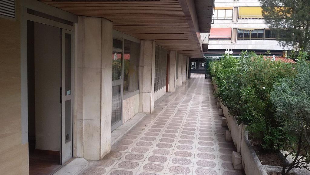 Local comercial en alquiler en calle De Fernández de Los Rios, Gaztambide en Madrid - 350027662