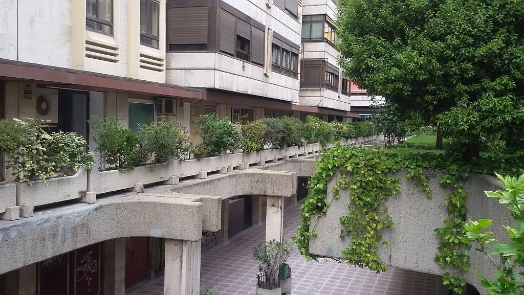 Local comercial en alquiler en calle De Fernández de Los Rios, Gaztambide en Madrid - 350027680