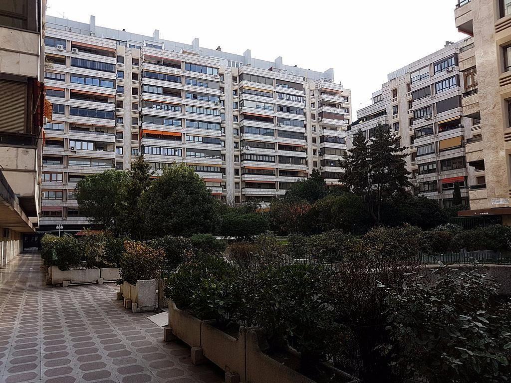 Local comercial en alquiler en calle De Fernández de Los Rios, Gaztambide en Madrid - 376538201