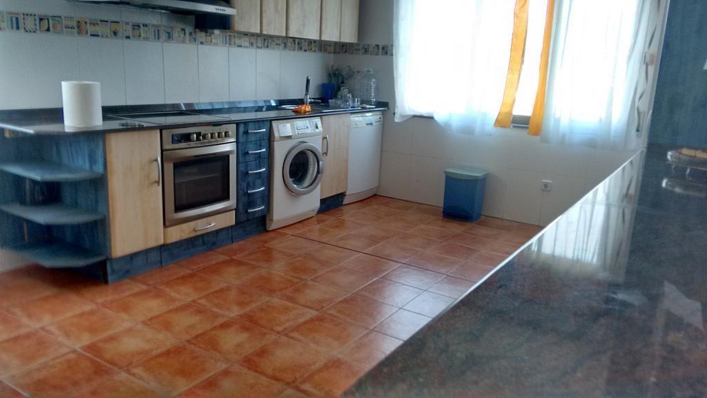 Casa en alquiler opción compra en barrio Rumoroso, Piélagos - 310561501