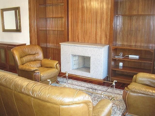 Foto - Piso en alquiler en calle Vazquez Varela, Vigo Casco Urbano en Vigo - 305089115