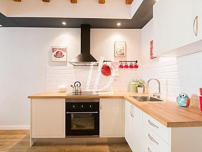 Apartamento en venta en El Raval en Barcelona - 330642609