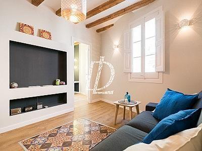 Apartamento en venta en El Raval en Barcelona - 330642612