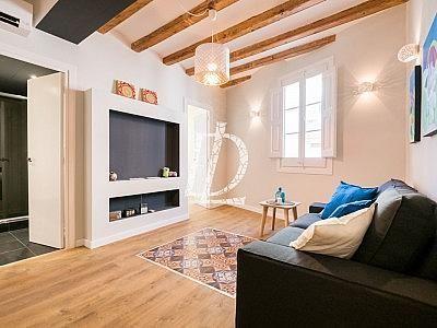 Apartamento en venta en El Raval en Barcelona - 330642615