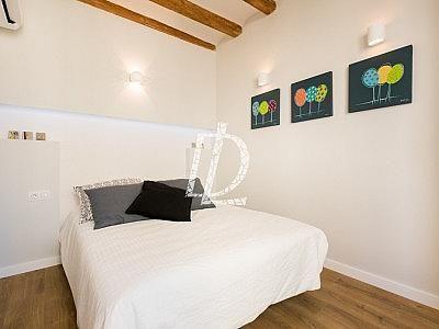 Apartamento en venta en El Raval en Barcelona - 330642618
