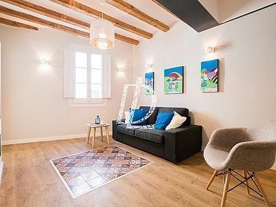 Apartamento en venta en El Raval en Barcelona - 330642630
