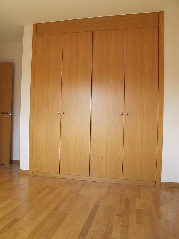 Piso en alquiler en calle Isabel Clara Eugenia, Sanchinarro en Madrid - 272261728