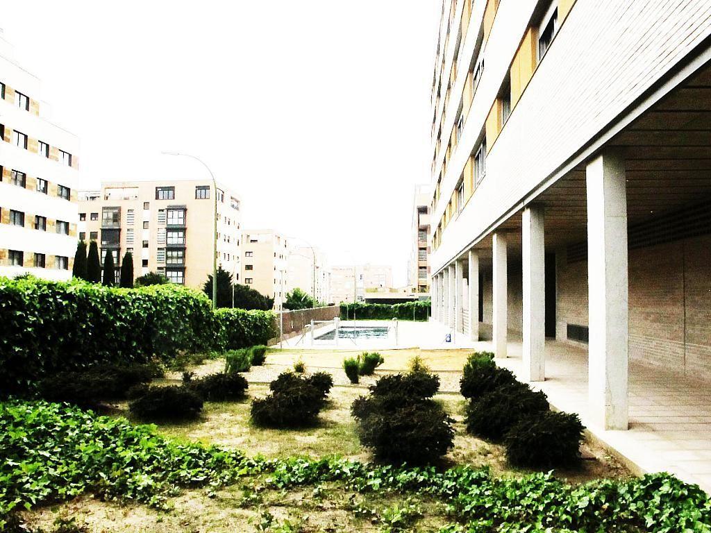 Piso en alquiler en calle Archiduque Carlos, Sanchinarro en Madrid - 273017342